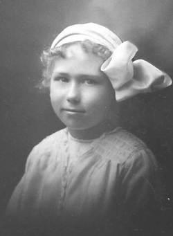 Helga Frances Bootz <i>Chenoweth</i> Brown