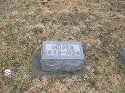 Moses Yarian
