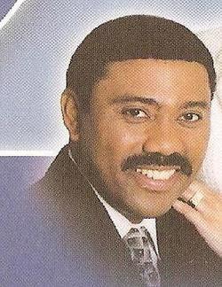 Dr Rev Lamont D Mclean