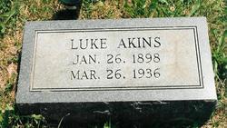 Luke Akins