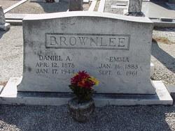 Emma Lou <i>Cates</i> Brownlee