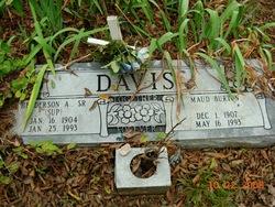 Henderson A <i>(SUP)</i> Davis