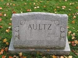 Daniel E. Aultz