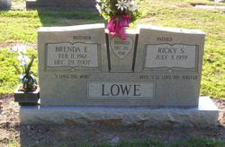 Brenda <i>Ellis</i> Lowe