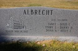 Owen LaNaie Albrecht