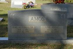 Viva Annie <i>Yancey</i> Amos