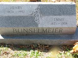 Henry W Bunselmeier