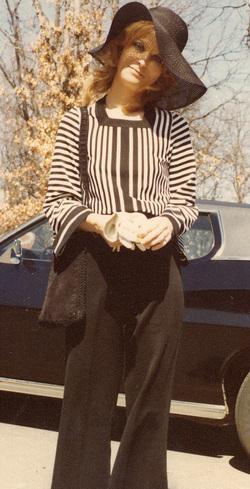 Julie Ellen <i>Loberg</i> Hill