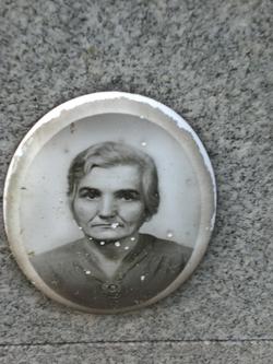 Anna Bucci