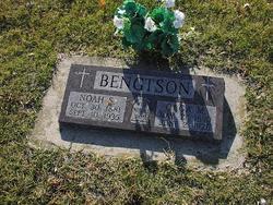 Noah S Bengtson