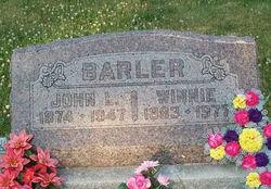 Winifred F Winnie <i>Hall</i> Barler