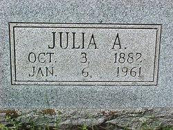 Julia Ann <i>Gary</i> McLean