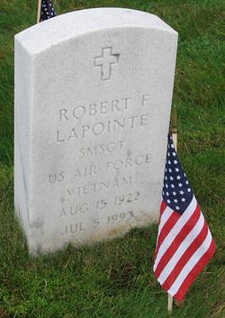 Robert E Lapointe