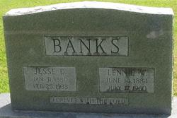 Lennie Delila <i>Williams</i> Banks