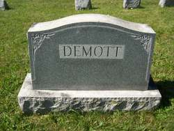 Naomi <i>Eckman</i> Demott