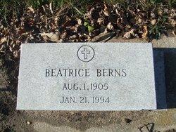 Beatrice <i>Giroux</i> Berns
