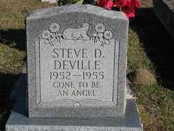 Steve Daymon Deville