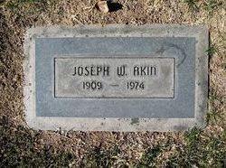Joseph Wing Akin