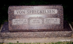 Bertha May Betty <i>Hoyt</i> Von Spreckelsen