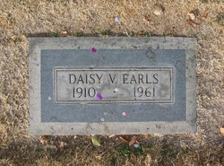 Daisy Velma <i>Yaryan</i> Earls