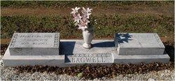 W Ruth <i>Bennett</i> Bagwell
