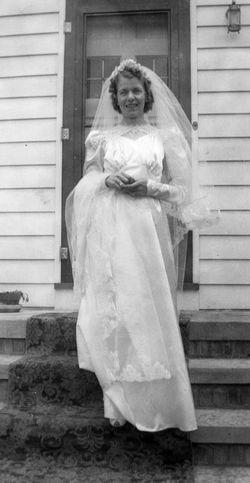 Dorothy Mae <i>Moenich</i> Becka