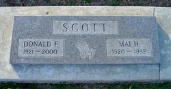 Mai Linda <i>Hemphill</i> Scott