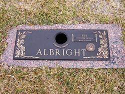 Lee J Albright