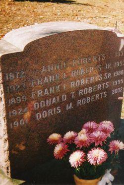 Doris Marie <i>Theall</i> Roberts