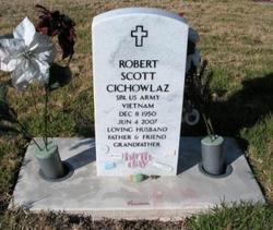 Robert Scott Cichowlaz