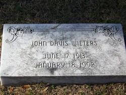 John Davis Wieters