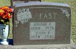Minnie Augusta <i>Reiswig</i> Fast