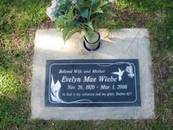 Evelyn Mae <i>Fischer</i> Wiebe