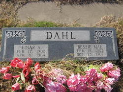 Bessie Mae <i>Seymour</i> Dahl