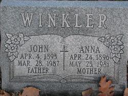 Anna Winkler