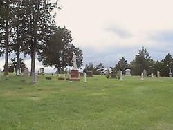 L'Eau Qui Court Cemetery