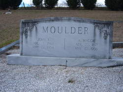 A Maggie Moulder