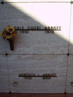Meredith L Abbott