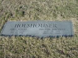 Virginia <i>Dayvault</i> Holshouser