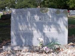 Elmer Daniel