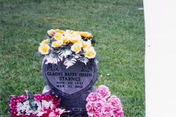 Gladys Merle Sissy <i>Batey</i> Starnes