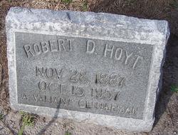Robert D Hoyt