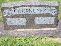 Caroline <i>Radlinger</i> Cournoyer