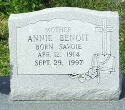 Annie <i>Savoie</i> Benoit