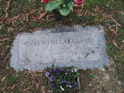 Vivian <i>Pollari</i> Davis