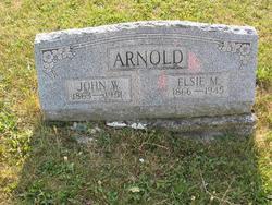 Elsie <i>Warner</i> Arnold