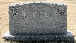 Chalmer W Winner