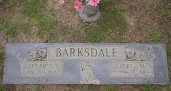 Lular <i>Loyd</i> Barksdale
