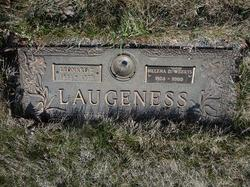 Helena Dell <i>Weerts</i> Laugeness