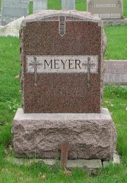 Eva <i>Feltes</i> Meyer